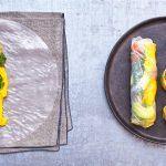 Spring rolls met gerookte zalm en mango