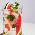 Watermeloen en koriander water